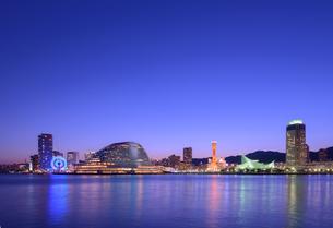 神戸港夜景の写真素材 [FYI01784204]