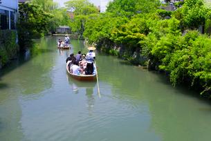 初夏の柳川川下りの写真素材 [FYI01784487]