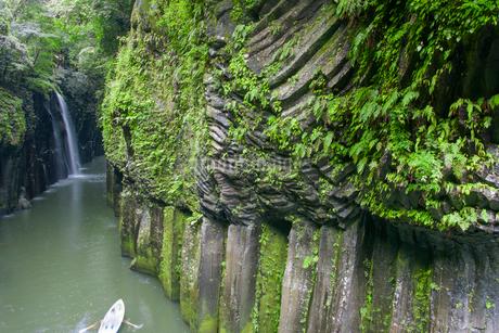 高千穂峡の柱状節理の写真素材 [FYI01785154]