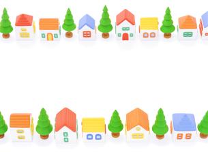 粘土の家と街路樹の写真素材 [FYI01788217]