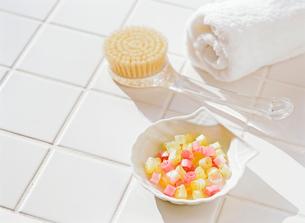 石鹸とタオルの写真素材 [FYI01788784]