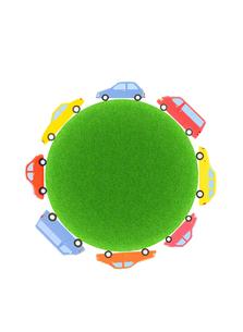 8台の車と緑の球体の写真素材 [FYI01788906]