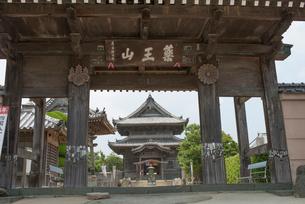 15番国分寺の写真素材 [FYI01790267]