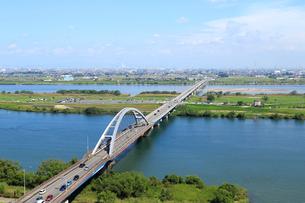 木曽三川公園センター展望タワーから見る長良川と木曽川の写真素材 [FYI01790481]