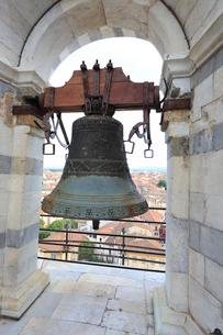 ピサの斜塔の鐘の写真素材 [FYI01790968]