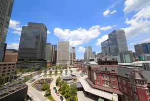 東京駅丸の内駅前広場の写真素材 [FYI01791307]