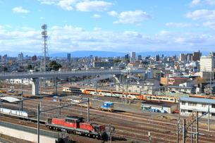 ささしまライブから見る車両基地の写真素材 [FYI01791470]