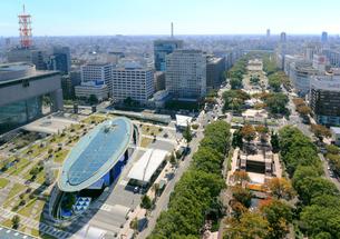 テレビ塔から見るオアシス21と久屋大通りの写真素材 [FYI01791474]
