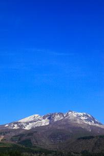 妙高高原・杉野沢から望む妙高山の写真素材 [FYI01791833]