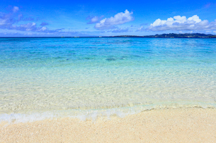 水納島のビーチの写真素材 [FYI01792306]