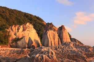 夕日に染まる仏ヶ浦の写真素材 [FYI01792392]