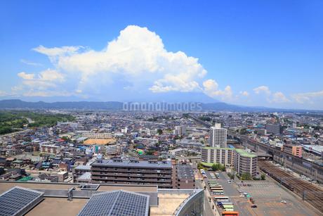 マリオス展望室から望む盛岡市街の写真素材 [FYI01792539]
