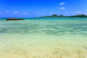 沖縄・石垣島 底地ビーチの写真素材 [FYI01792745]