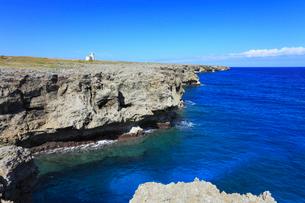 沖縄・波照間島 高那崎から望む海の写真素材 [FYI01792768]