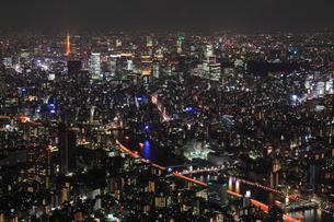 東京都内の夜景の写真素材 [FYI01793664]