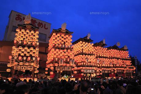 犬山祭 提灯で飾られた車山の写真素材 [FYI01793735]