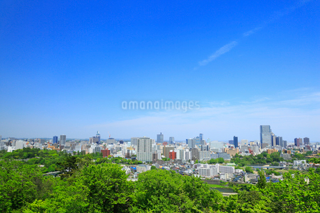 仙台城跡から望む市街の写真素材 [FYI01793896]