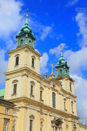 ワルシャワの聖十字架教会の写真素材 [FYI01794080]