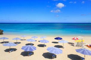 与論島 兼母海岸のサンセットビーチの写真素材 [FYI01795096]