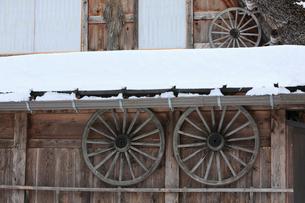 雪景色の白川郷の写真素材 [FYI01795108]