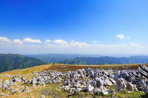 四国カルストの天狗高原の写真素材 [FYI01795686]