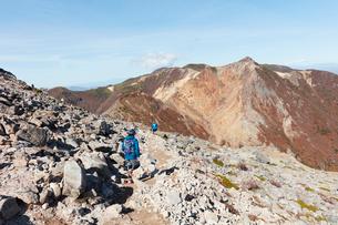 那須岳トレッキングの写真素材 [FYI01797618]