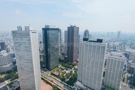 東京都庁展望台からの眺望,高層ビル群の写真素材 [FYI01797668]