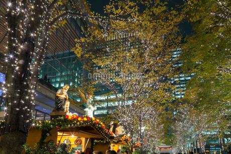 東京丸の内のイルミネーションの写真素材 [FYI01798214]