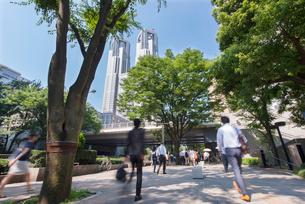 新宿の通勤風景の写真素材 [FYI01798227]