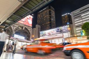 品川駅のタクシー乗り場の写真素材 [FYI01798255]