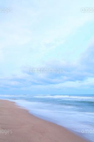 朝の海の写真素材 [FYI01798614]