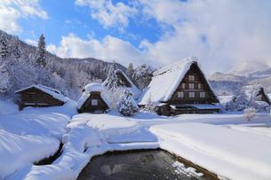 冬の白川郷の写真素材 [FYI01798719]