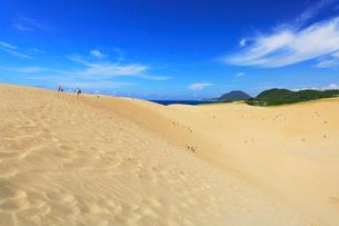 鳥取砂丘と日本海の写真素材 [FYI01799123]