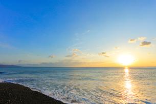 朝日と海の写真素材 [FYI01799523]