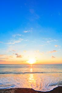 朝日と海の写真素材 [FYI01799586]