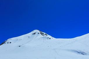立山連峰 雪の浄土山と山岳スキーの写真素材 [FYI01799686]