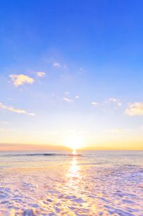 海と朝日の写真素材 [FYI01799907]