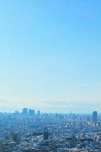 町並みと青空の写真素材 [FYI01799950]