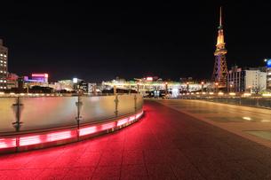 オアシス21と名古屋テレビ塔 夜景の写真素材 [FYI01800429]