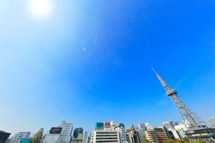 オアシス21より名古屋駅方向の街並みにテレビ塔の写真素材 [FYI01800565]