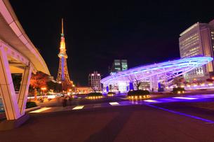 オアシス21と名古屋テレビ塔 夜景の写真素材 [FYI01800647]