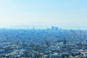 町並みと青空の写真素材 [FYI01800744]