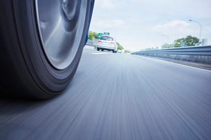 高速道路イメージの写真素材 [FYI01800935]