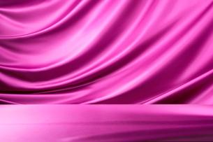 ピンクのドレープの写真素材 [FYI01801504]