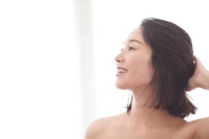 日本人女性のビューティイメージの写真素材 [FYI01801614]