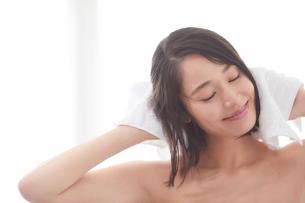 日本人女性のビューティイメージの写真素材 [FYI01802133]