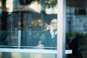 ビジネスマンの写真素材 [FYI01802313]