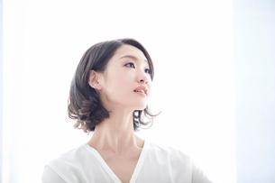 日本人女性の写真素材 [FYI01802904]