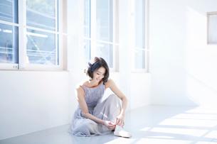 日本人女性の写真素材 [FYI01802907]
