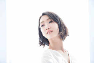 日本人女性の写真素材 [FYI01803261]